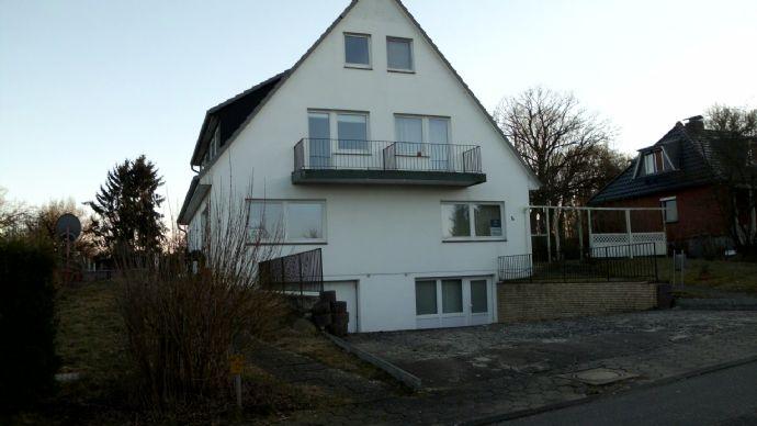 Grosses Doppelhaus mit 11 Zimmern