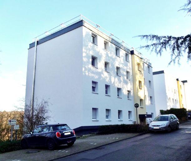Wärmegedämmte 2,5-Zimmer Wohnung im 3. OG eines Mehrfamilienhauses mit Balkon und Tiefgarage in Herd