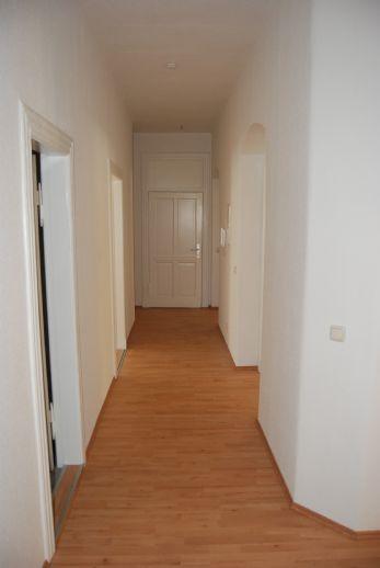 große, helle, familienfreundliche 5 Zimmerwohnung in der Raiffeisenstraße
