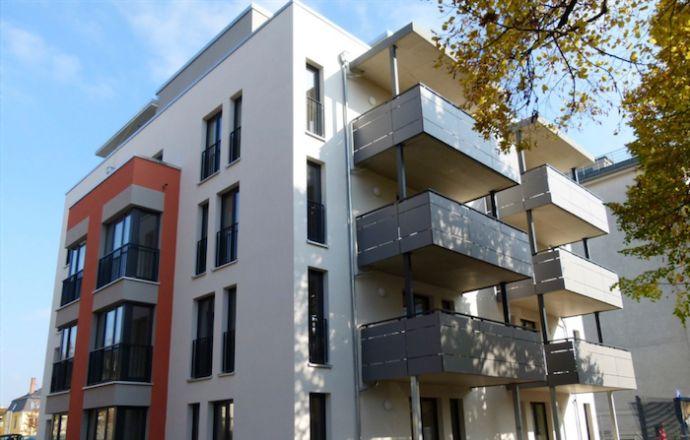 Kapitalanlage: Freistehendes Mehrfamilienhaus (BJ 2015, 9 WE) in historischem Villenvorort Dresdens