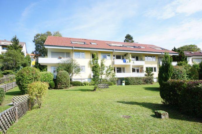 2 Zimmer-Eigentumswohnung (Hobbyräume) mit Terrasse und Carport
