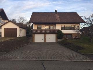 freistehendes Einfamilienhaus mit großem Grundstück in Rosenfeld