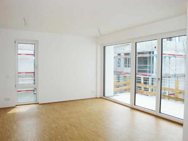 Neubau! Bezaubernde 3-Zimmerwohnung mit sonnigem Balkon und 2 Garagenstellplätzen in PF-Nordstadt!