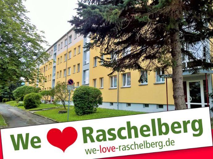 Wohnen im Grünen 2-Raum-Wohnung mit Balkon
