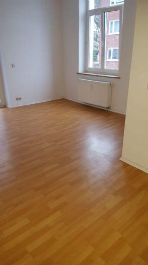 Komplett sanierte 2-Zimmer-Wohnung mit Balkon in Sonneberg (zentrumsnah)
