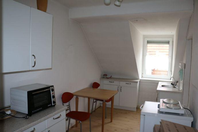 Schöne, möblierte 1-Zimmer-Wohnung in der  Pirmasenser Innenstadt zu vermieten