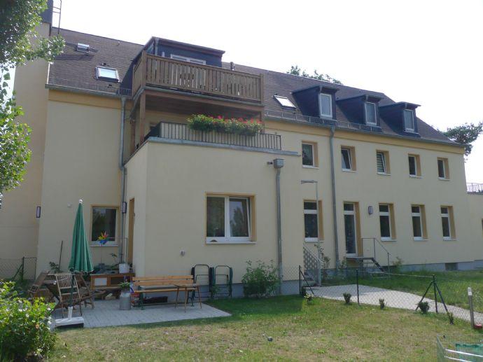 Charmante und familienfreundliche 3 Raumwohnung mit EBK und Balkon