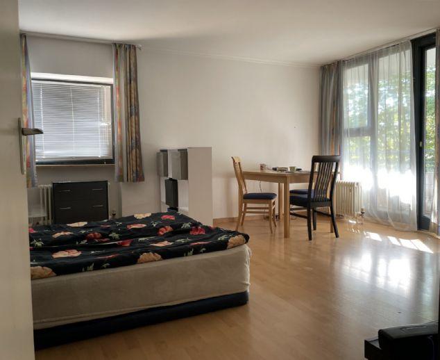 Helles Appartement mit großem Balkon