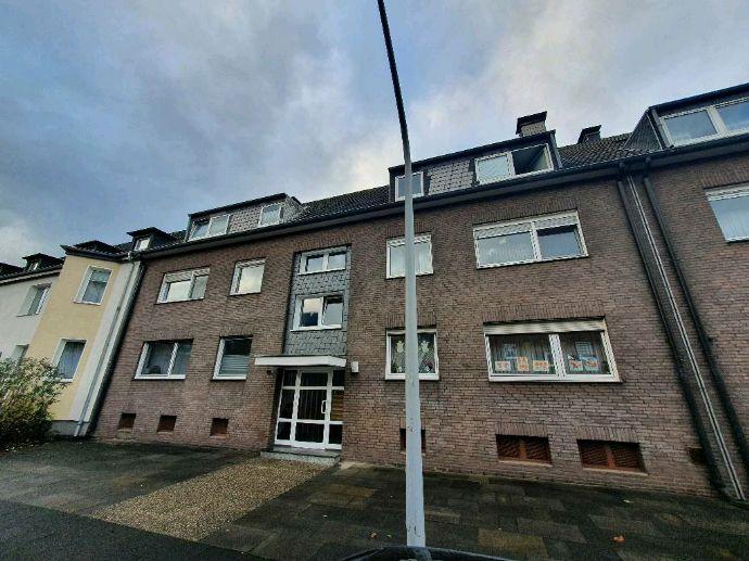 Modernisierte 3,5 Zimmer Wohnung mit Gartennutzung inkl. Einbauküche in Alt-Wanheim – fußläufig zum Rhein