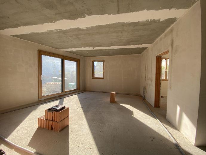 2 Zimmer- Neubau/Erstbezug EG, 1 OG, 2 OG - Garten / Loggia- zentral und ruhig