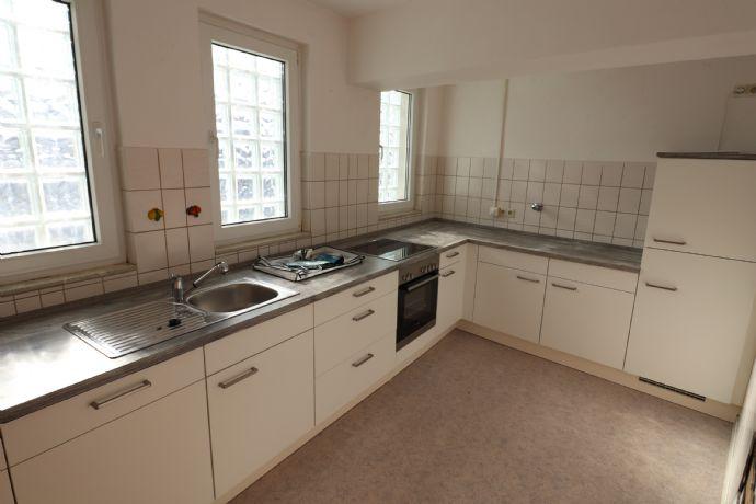 Helle und renovierte 3 ZKB Wohnung in Pirmasens mit zwei Balkonen und EBK