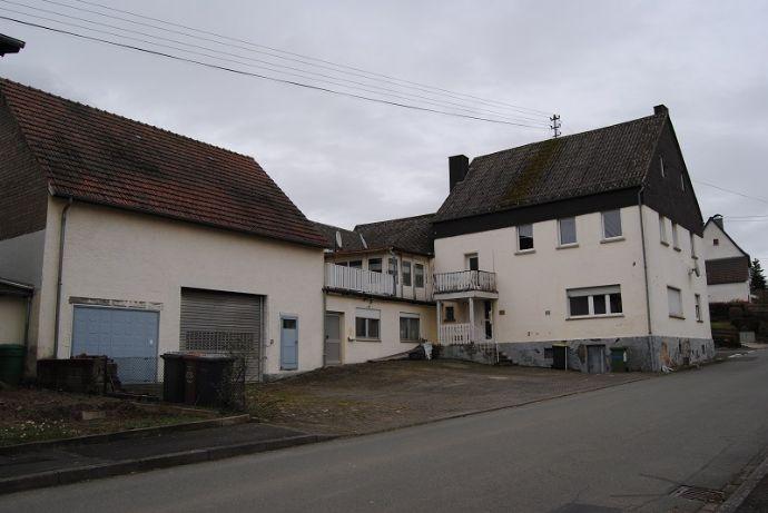 Wohnanlage mit 5 Eigentumswohnungen in Dreikirchen