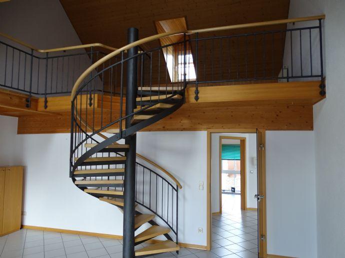 Loft - Wohnen auf großem Raum mit Balkon 160qm incl.Garage und Einbauküche