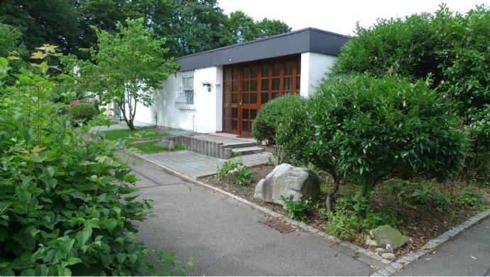 -RESERVIERT-Einfamilienhaus in ruhiger Wohnlage von Freiburg-Landwasser als Erbbaurecht