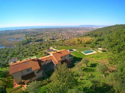 Villa für 10 Personen mit Meerblick und Pool in der Toskana