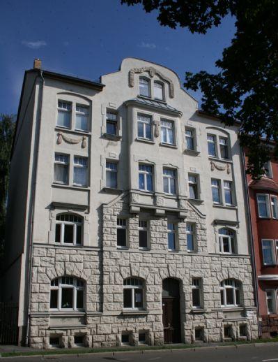 Schöne, helle 2 Zimmer-Wohnung mit großer Küche, Balkon und Wanne in Leipzig-Mölkau; 2. OG