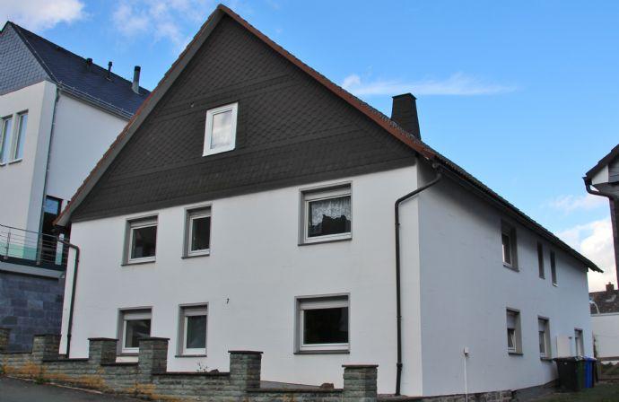 Haus mit 3 Wohnungen in zentraler Lage von Hallenberg