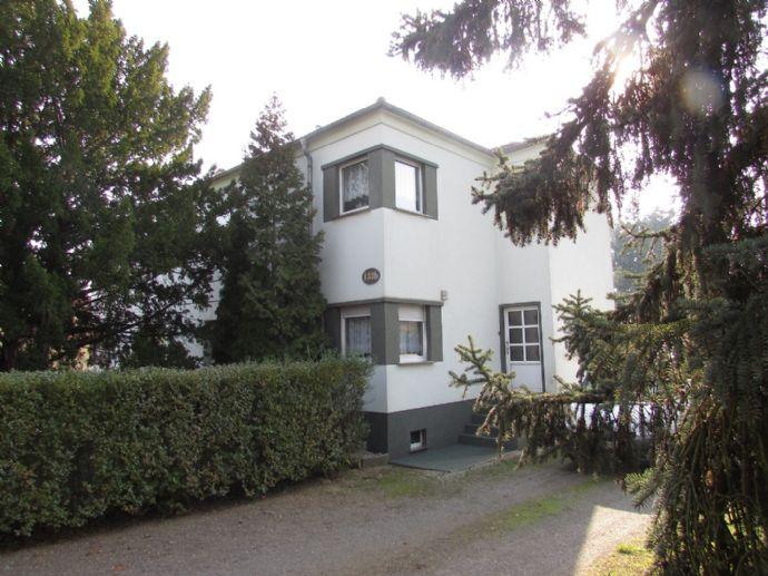 geräumiges Wohnhaus mit viel Nebengebäude und Grund in Schwarzheide