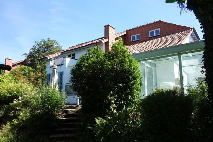 Einfamilienhaus mit Einliegerwohnung am Hemsberg!