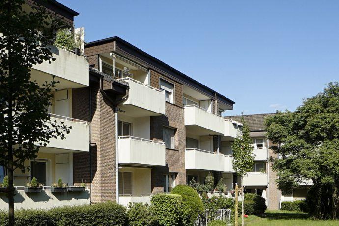 Helle und gut aufgeteilte 76 m² Wohnung mit Loggia und Garage