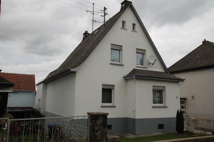 RESERVIERT !!!!!! Mit Blick ins Lahntal , kleines Einfamilienhaus in Wetzlar- Steindorf