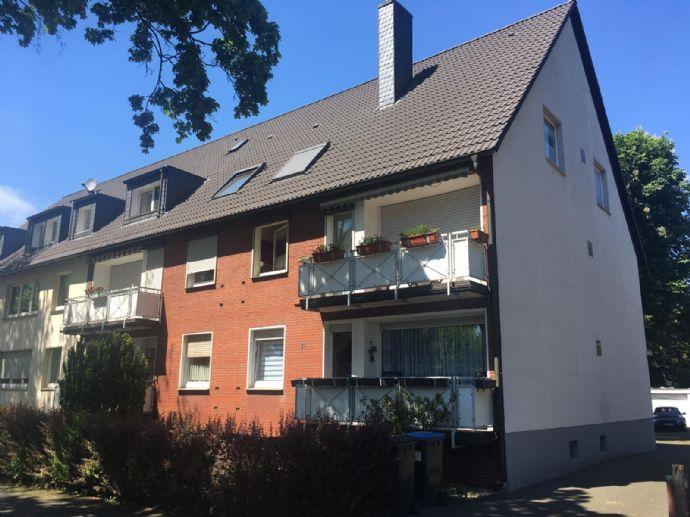 Geräumige 2-Zimmer-DG-Wohnung in Duisburg-Obermeiderich