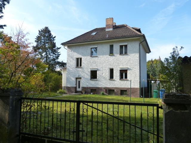 Wohnhaus in 2. Front zum Storkower Kanal