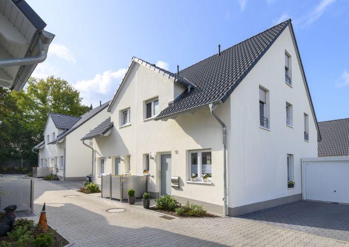 Neubau - schicke Doppelhaushälfte zur Miete