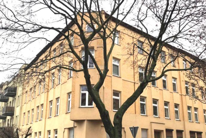 WG-geeignete 100qm Altbauwohnung nahe Rannischer Platz direkt vom Eigentümer!
