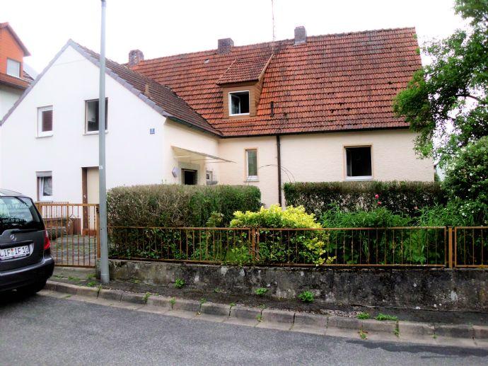 Doppelhaushälfte mit großem Garten in Weismain