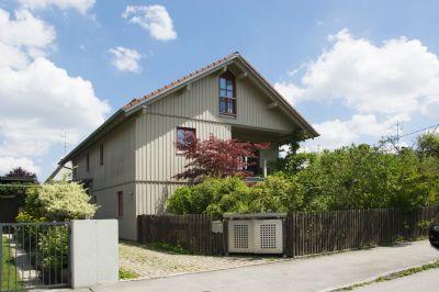 Sehr großes Einfamilien-Landhaus in ruhiger Lage am Fasangarten