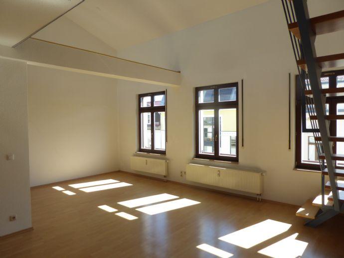 Wohnen im Zentrum-Süd - Galeriewohnung mit amerikanischer Küche und großer Dachterrasse ab sofort zu vermieten
