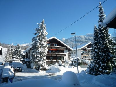 Urlaub im Allgäu - Ferienwohnung im Auenhof mit Gartenblick