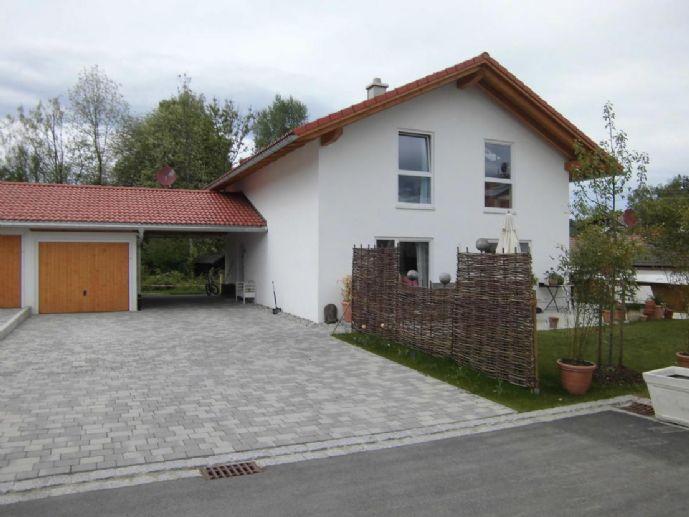 Freistehendes Einfamilienhaus mit Terrasse und Garten in Gmund am Tegernsee, provisionsfrei