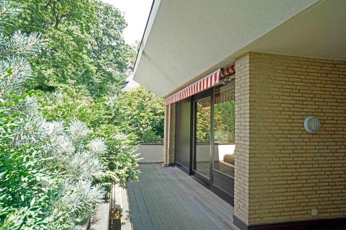 Wunderschöne Terrassenwohnung mit großem Balkon in allerbester Lage