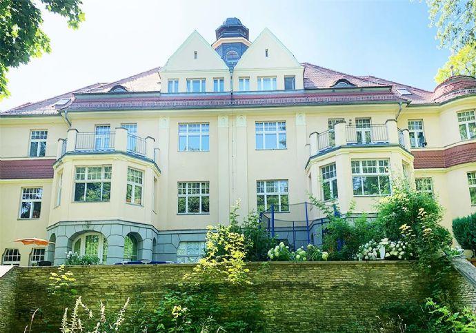Große Eigentumswohnung in einer Jugendstilvilla in Freital