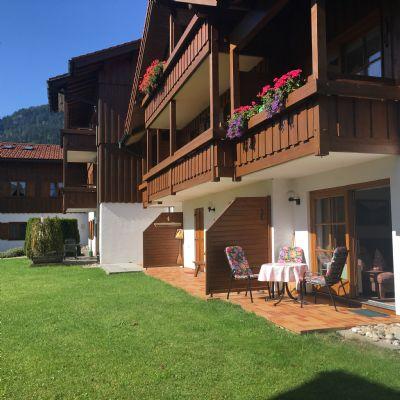 Sonnenwinkel,  Fewo Nebelhorn,3 Raum,  2 Schlafz. seperater Küche, Wohnraum m. Süd/Westterrasse mit Blick auf d. Nebelhorn in Allgäu Obermaiselstein