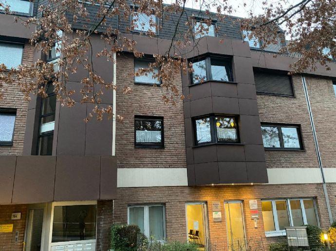 Wohnen auf ca. 74,47 qm mit Balkon - zentral in Essen - Borbeck - Mitte, mit Blick ins Grüne