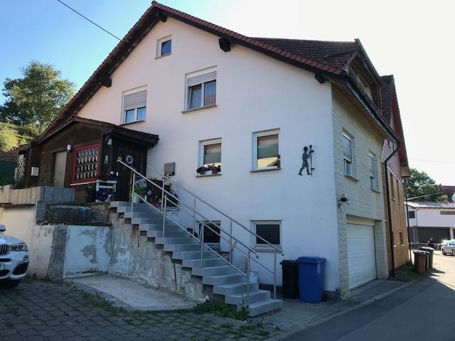 Schönes - gepflegtes 4-Familienhaus - modern und charmant auf dem Land - in Mundelfingen zu verkaufen