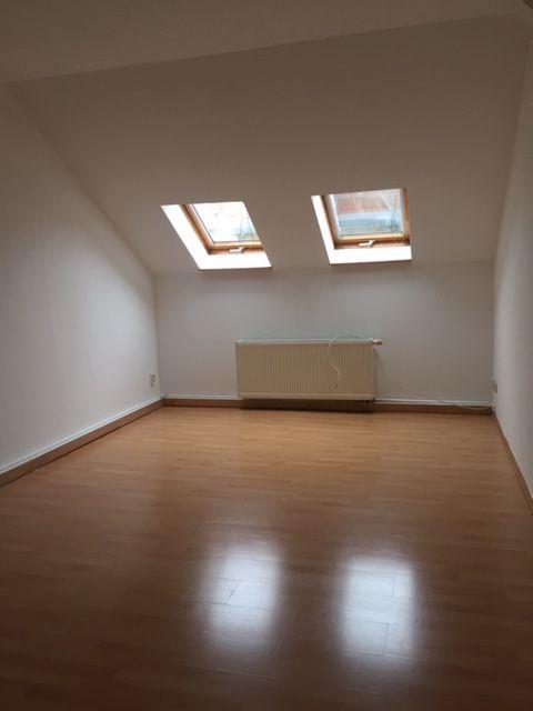 Junges Wohnen unterm Dach - Großzügige, helle 2-Raum-DG-Whn.