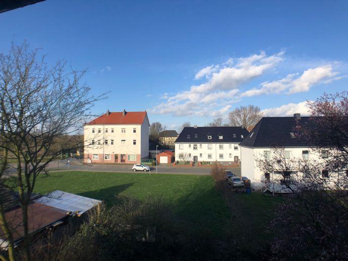 Frisch renovierte Pärchenwohnung - grüne Lage  - MEinswarden!