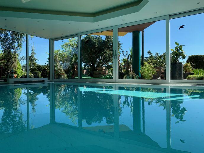 luxuriöses Einfamilienhaus über 3 Etagen
