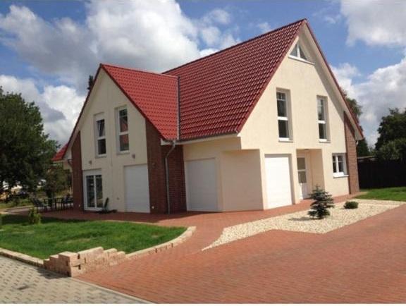 Neuwertige Doppelhaushälfte in Garbsen-Osterwald O.E.