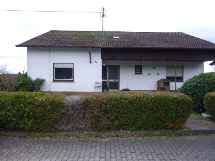 Freistehendes Haus mit 2 Einliegerwohnungen und Dach-Geschoß-WH in Rehlingen -Eimersdorf