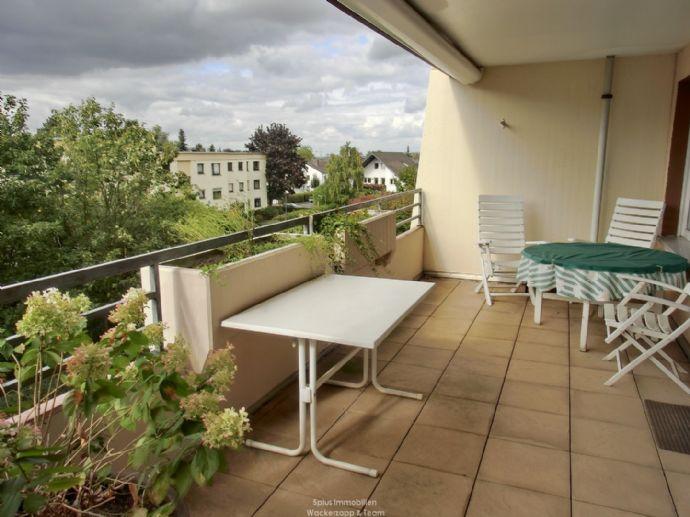 GEPFLEGTES WOHNEN 3 Zi. Whg. gr. Balkon, EBK, Aufzug, Tiefgarage in Rheinbach Zentrum