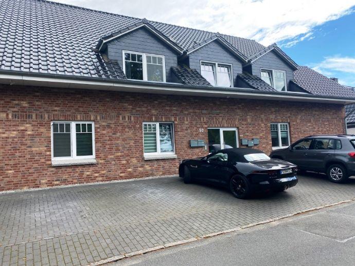 Große 3 Zimmer Wohnung mit Terrasse und Garten