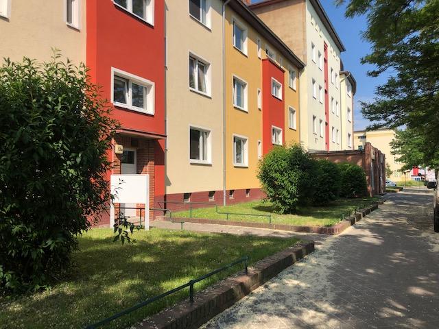 Sanierte 2- Raumwohnung auch mit Stellplatz in Magdeburg Fermersleben!