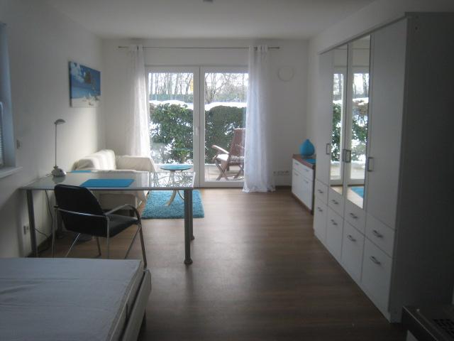 ruhig gelegenes, modern möbliertes 1 Zimmer Apartment in Eschborn
