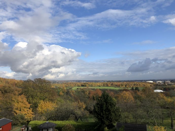 +++ Einmaliger Blick über das Naturschutzgebiet*** EBK, Balkon und Garage auf Wunsch