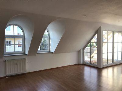 3  Zimmerwohnung Dachgeschoß mit Balkon in Uni und Slub Nähe
